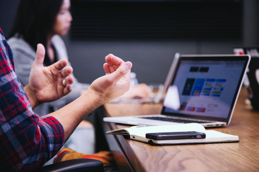 WordPress vs DevHub 2021: Which is a Better Option?